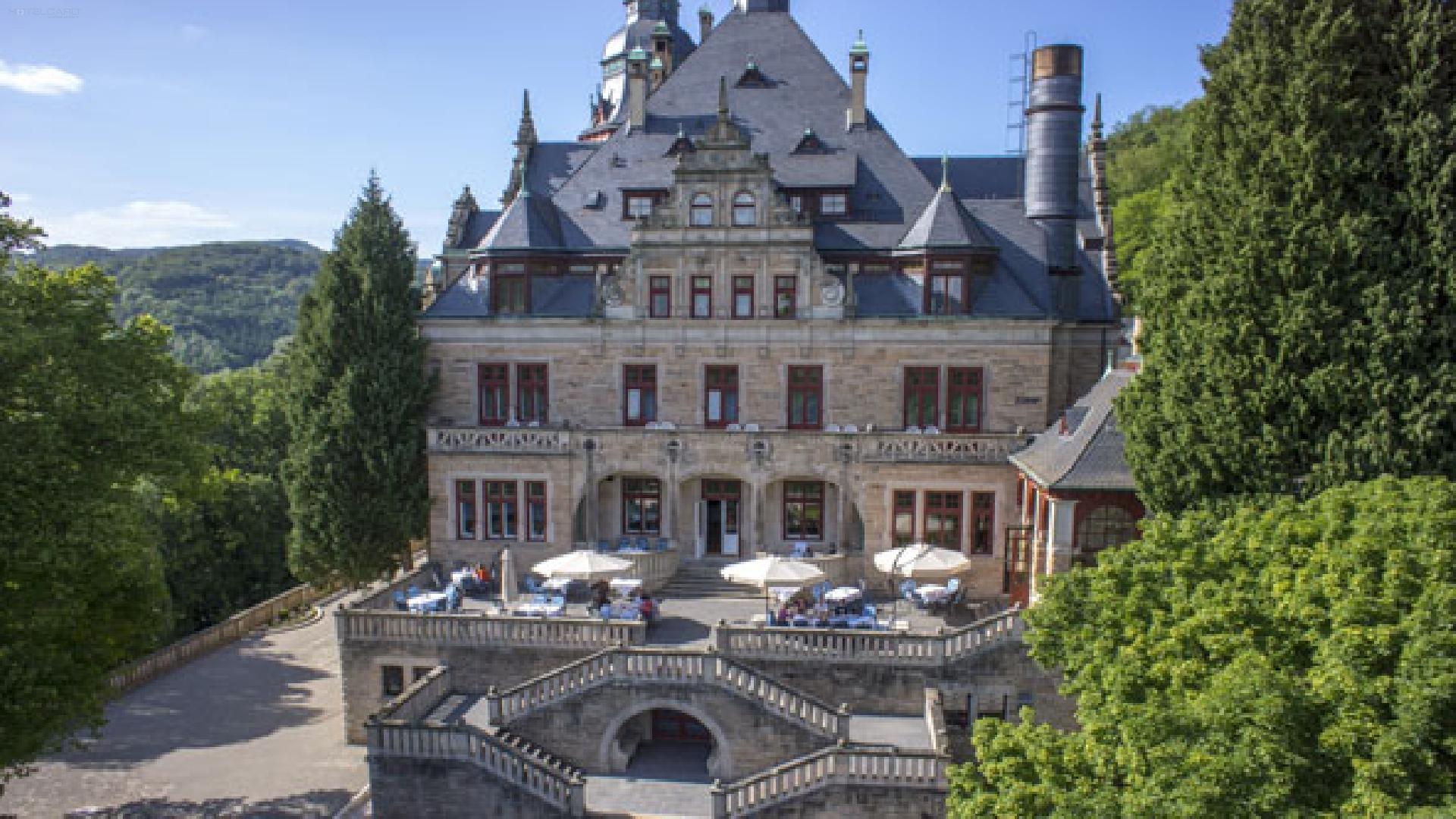 Schloss Hotel Wolfsbrunnen 1
