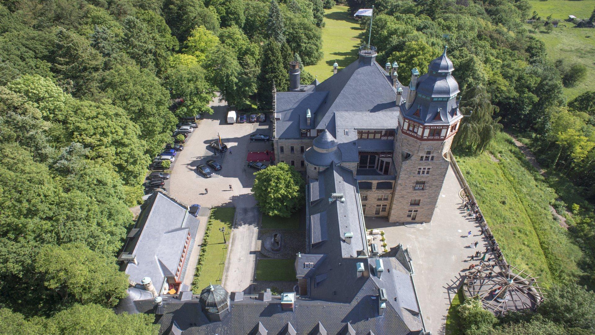 Schloss Hotel Wolfsbrunnen 4