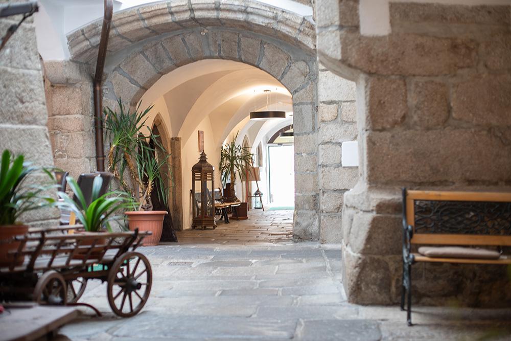 Hotel zum goldenen Hirschen 3