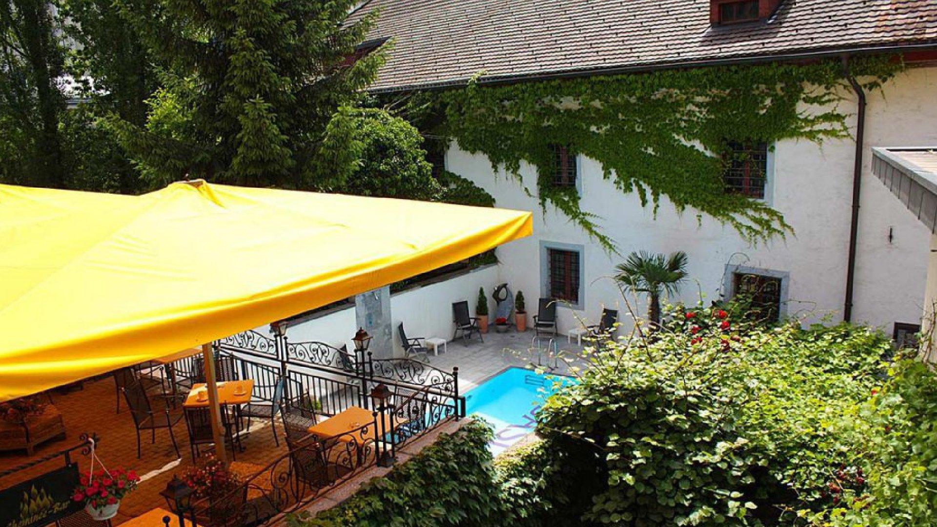 BASLERTOR Summerpool Hotel 13