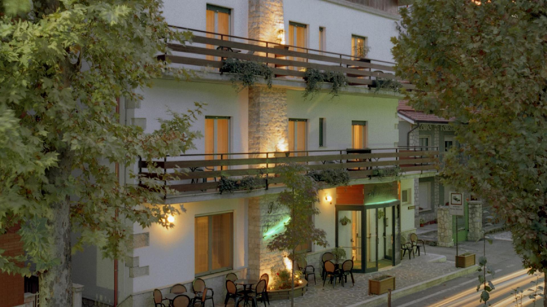 Hotel Pescofalcone 0