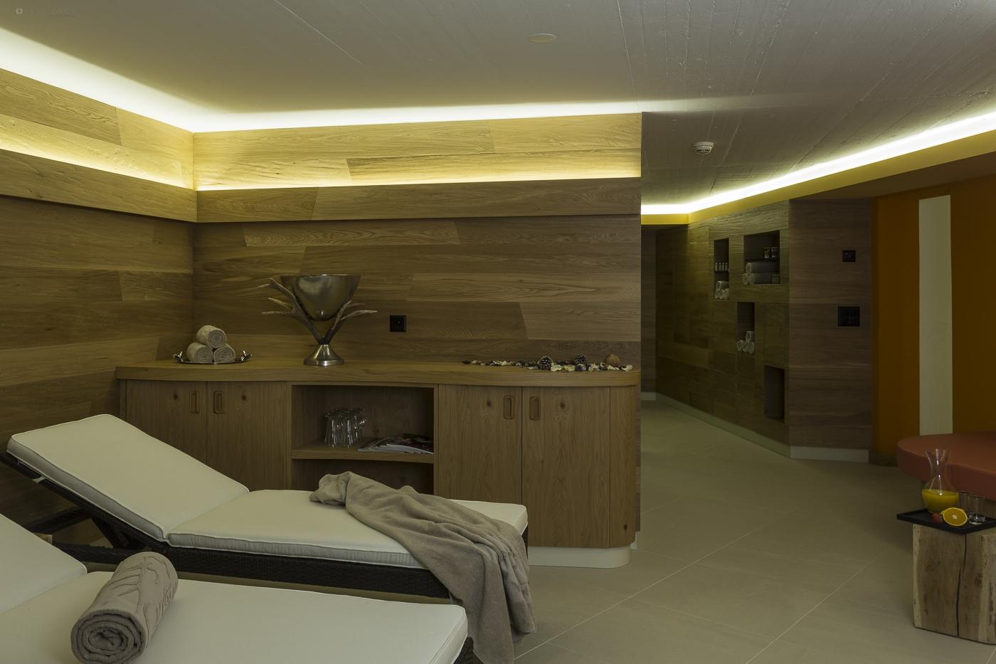 Hotel Cervo Sils 4