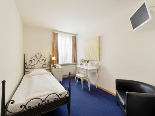 Hotel Hirschen Single room 0