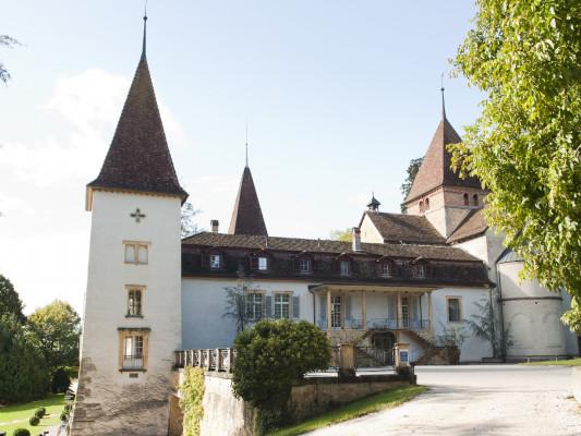 Schloss Münchenwiler 0