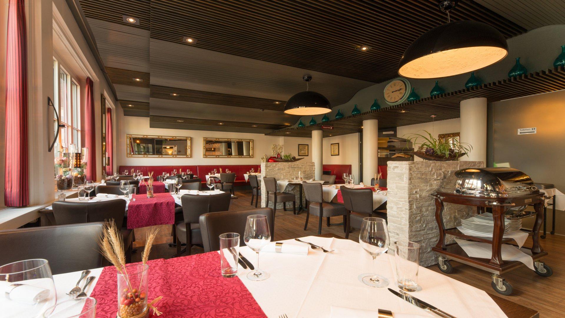 Kronenhof Hotel-Gastronomie-Wellness 6