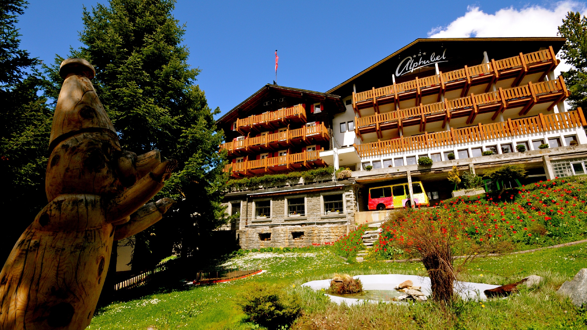 Swiss Family Hotel Alphubel 2