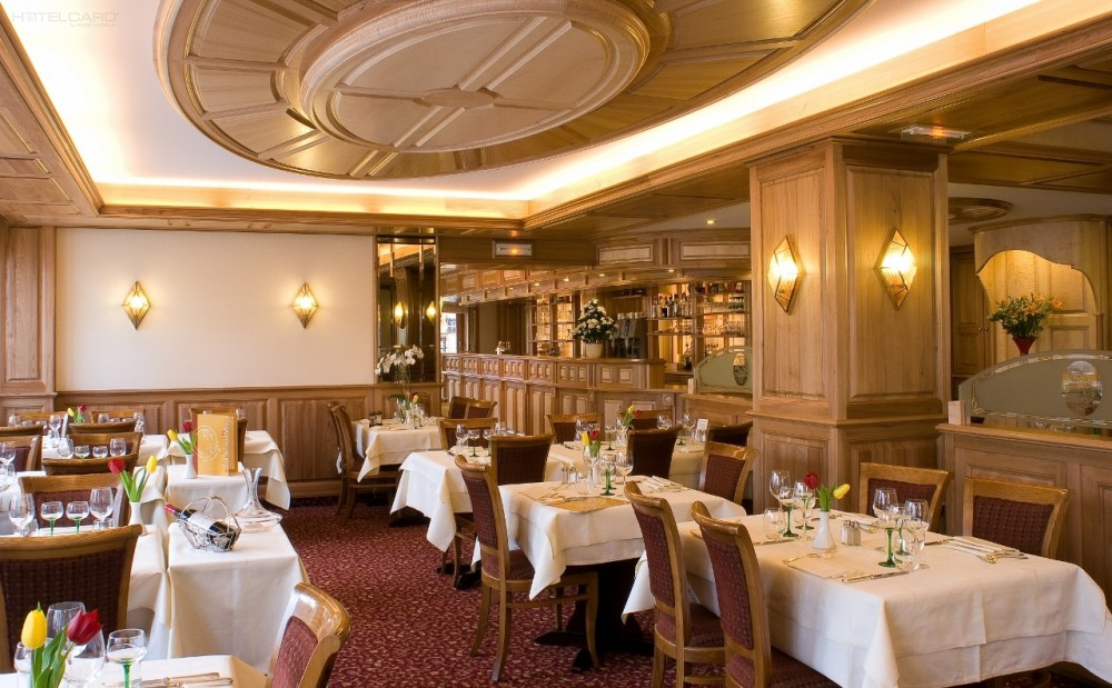 Best Western Hotel Au Cheval Blanc 4