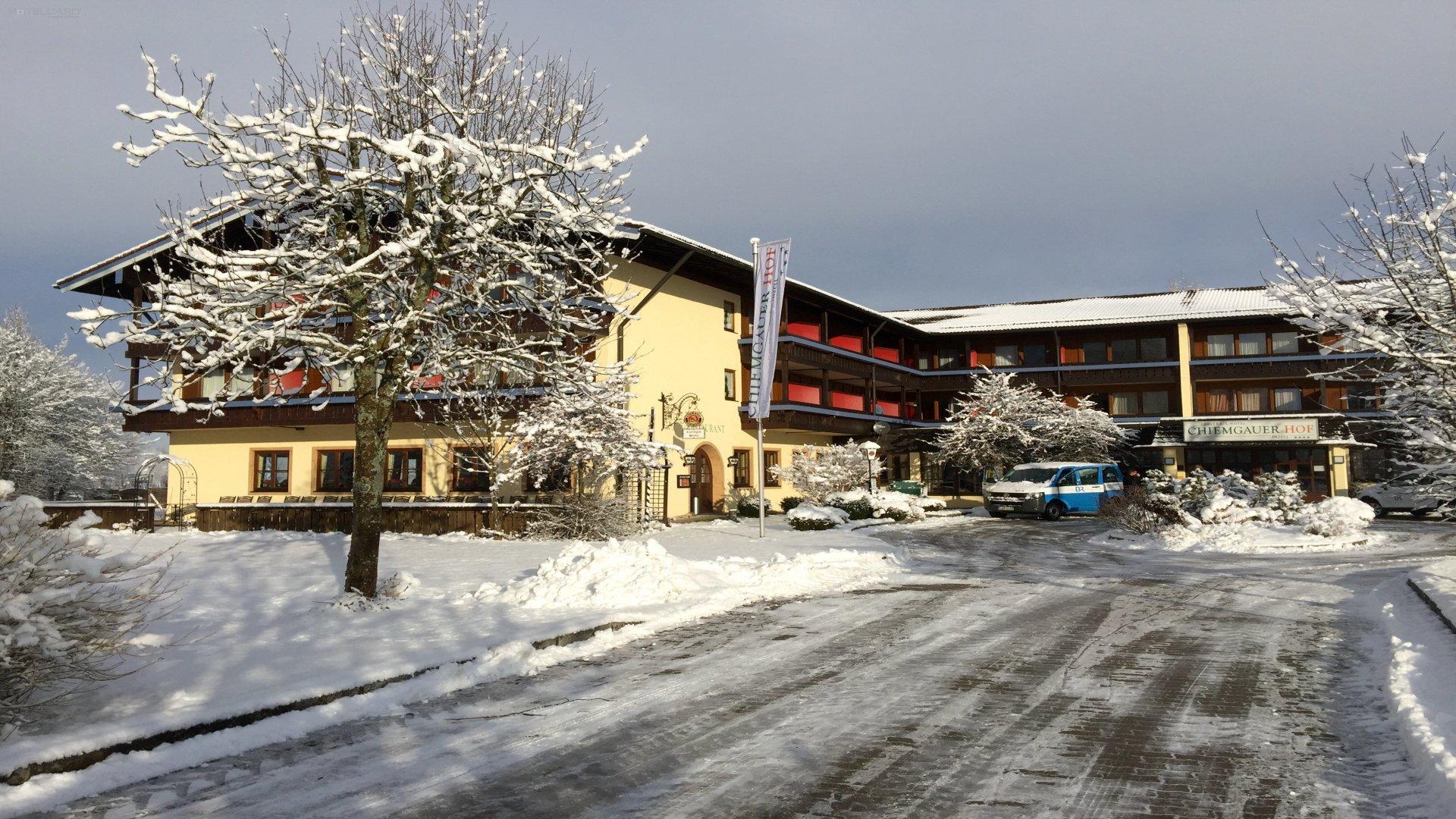 Chiemgauer Hof - Erlebnis Hotel 0