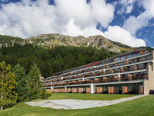 Nira Alpina 1