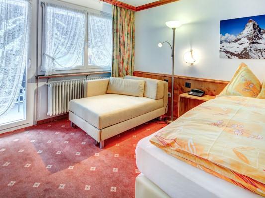 Hotel Adonis SuperiorTwin room southfacing 0