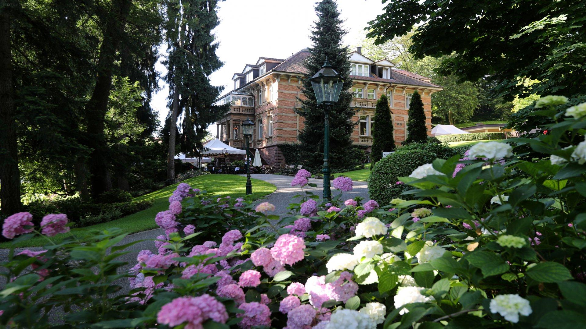 Relais & Chateaux Villa Hammerschmiede 6