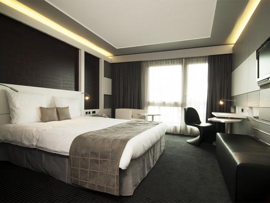 Mercure Hotel Plaza Biel 0