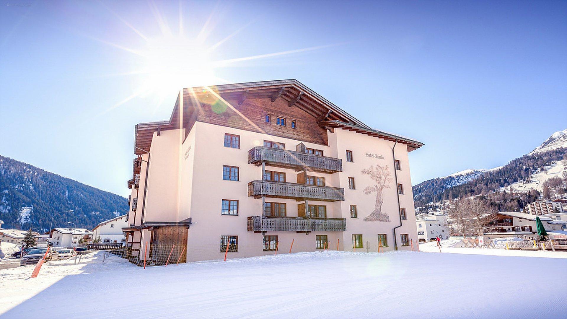 Hotel Bünda 0