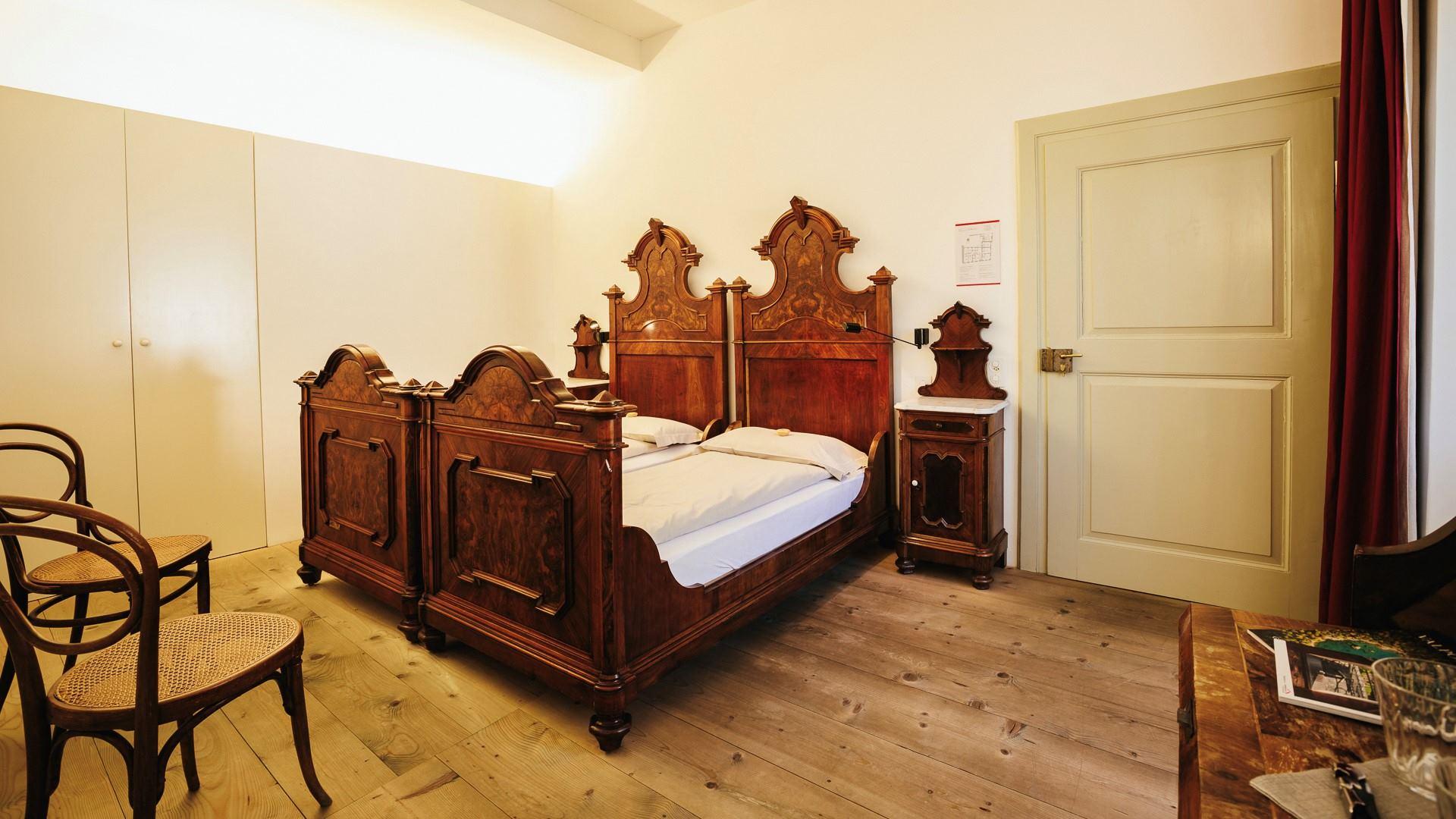 Swiss Historic Hotel Albrici 7