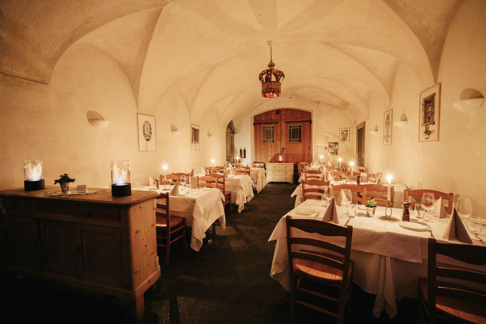 Swiss Historic Hotel Albrici 4