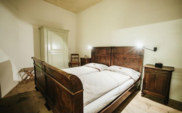 Swiss Historic Hotel Albrici 8