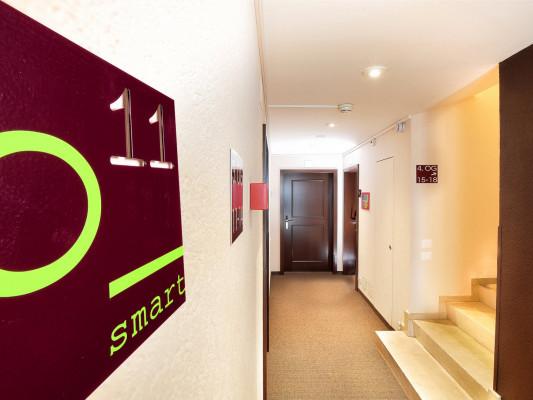b_smart motel Basel 3