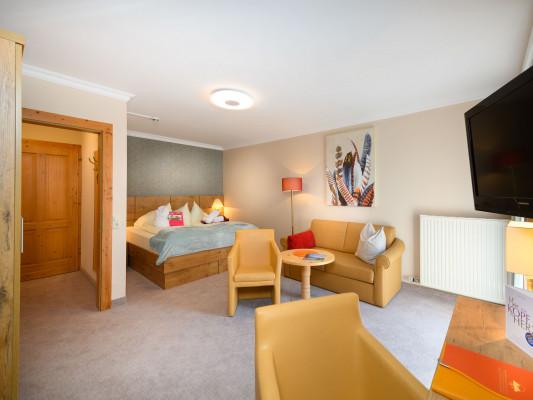 Vitaler Landauerhof Double room Deluxe 6