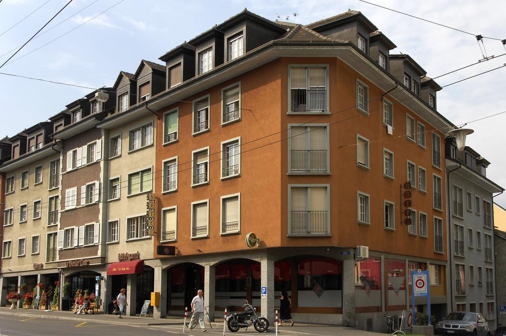 Hôtel de la Vieille Tour 0