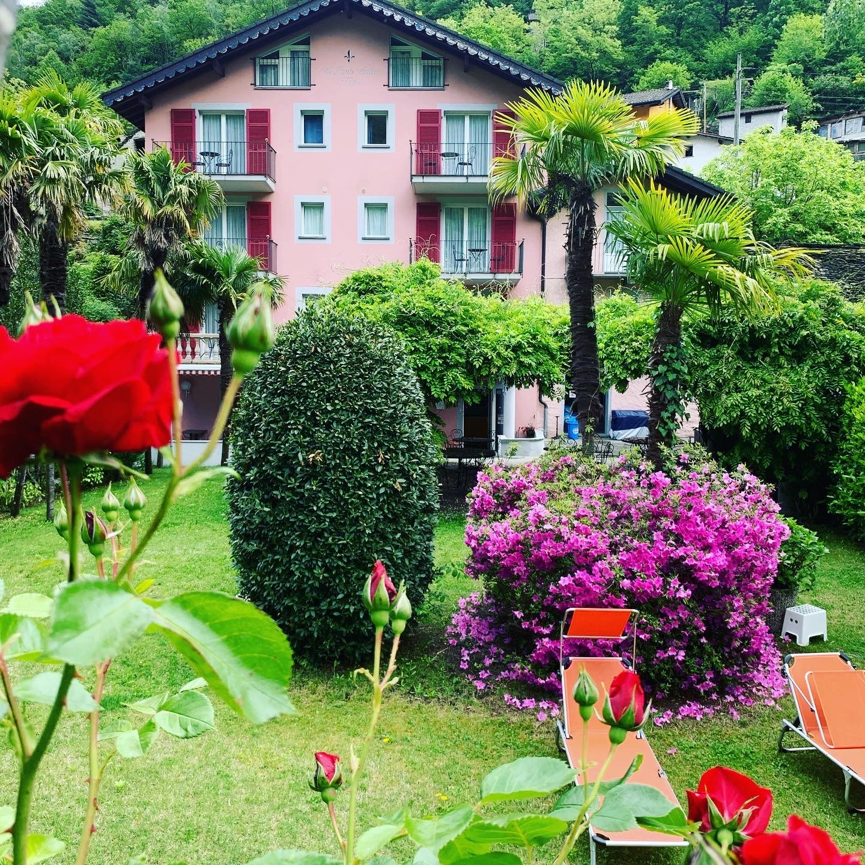 Hotel Al Ponte Antico 0
