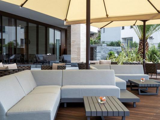 Hotel & Lounge LAGO MAGGIORE 3