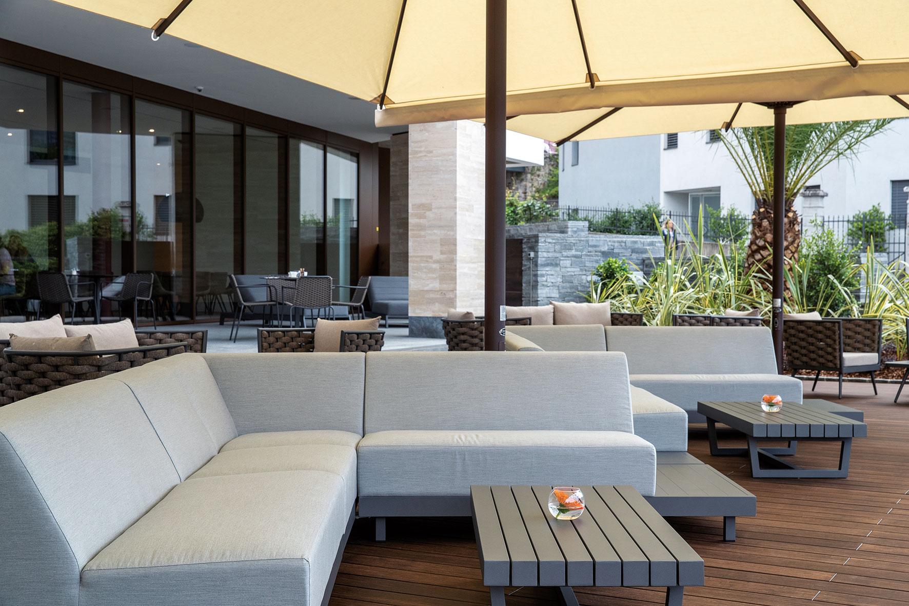 Hotel & Lounge LAGO MAGGIORE 13