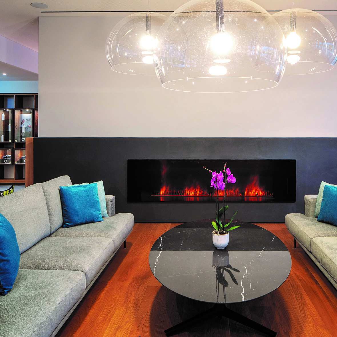 Hotel & Lounge LAGO MAGGIORE 4
