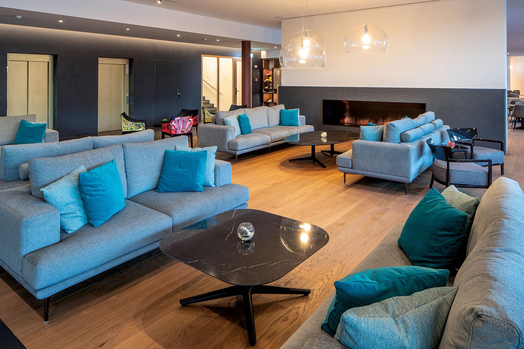 Hotel & Lounge LAGO MAGGIORE 8