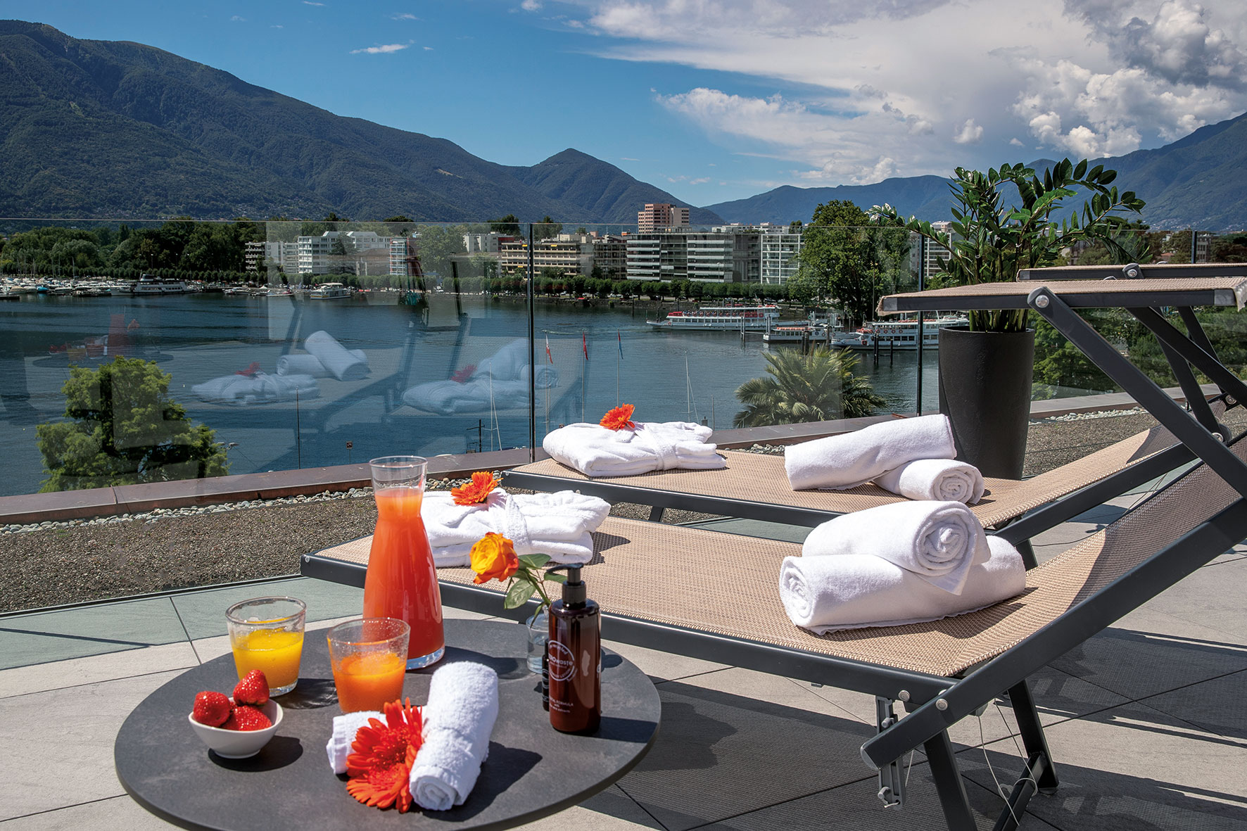 Hotel & Lounge LAGO MAGGIORE 16
