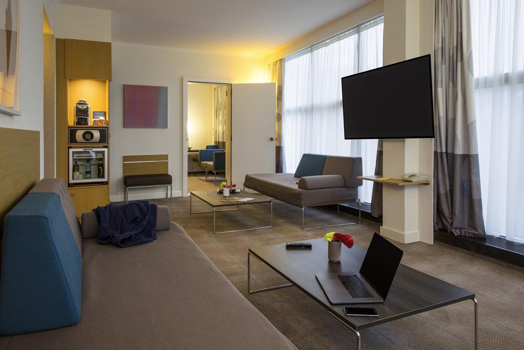 Novotel Genève Centre Hotel 11