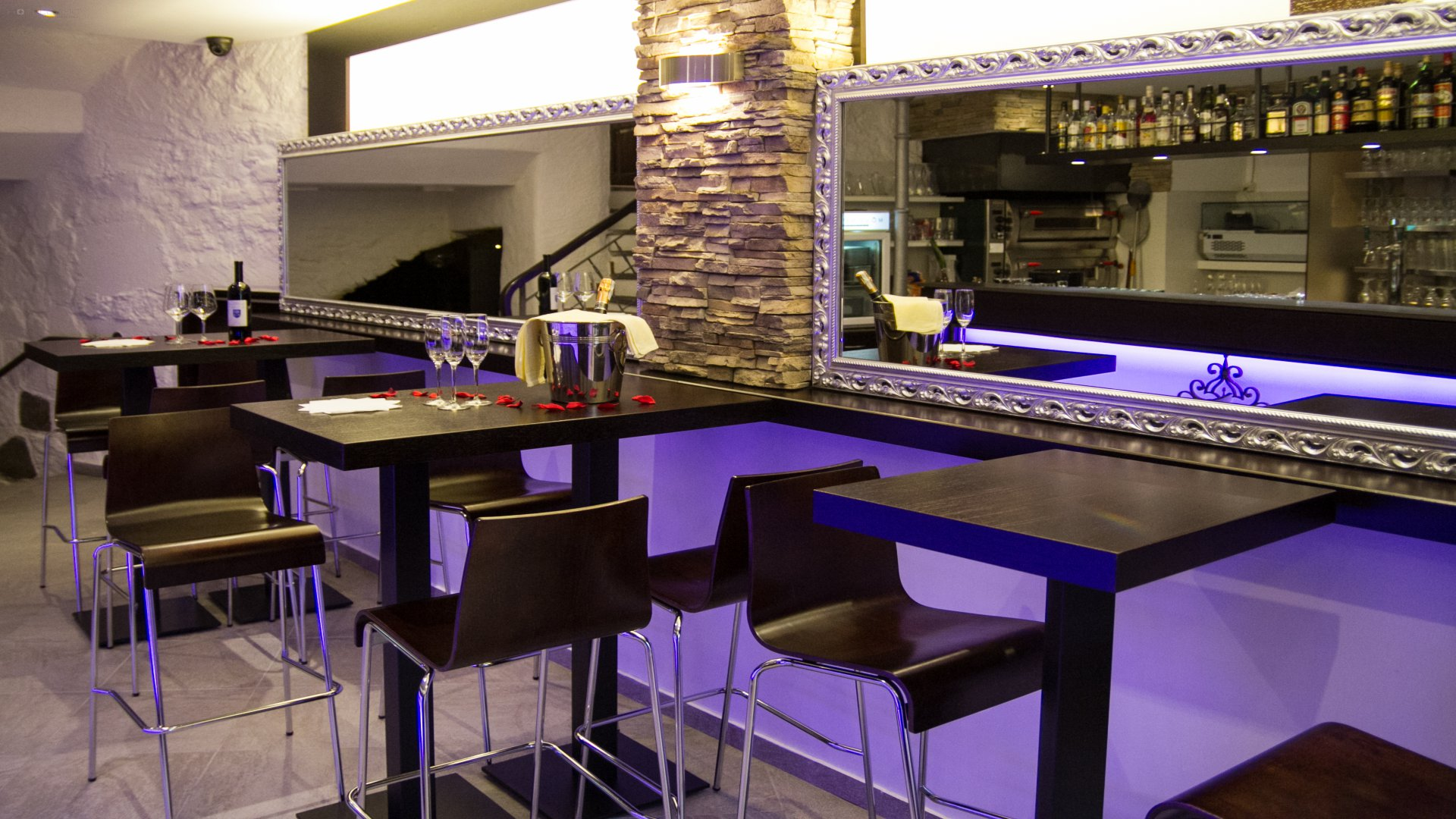Hotel America 8