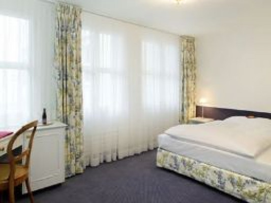 Hotel Mozart Single room Grandlit 2