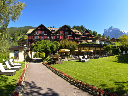 Romantik Hotel Schweizerhof / Swiss Alp Resort & SPA 1