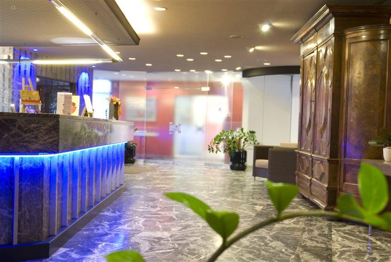 Hôtel La Porte dOctodure 3
