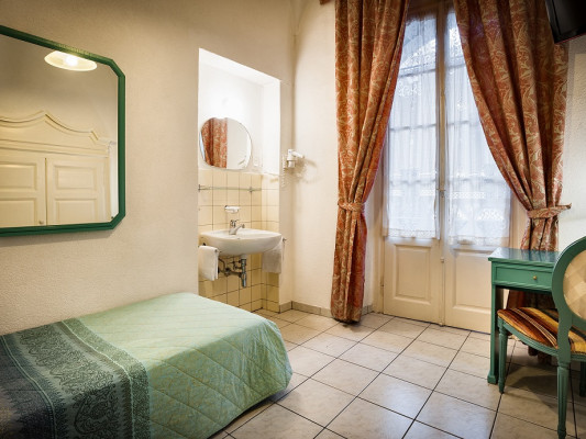 EasyRooms dell'Angelo Chambre Simple - Salle de Bains Commune 0