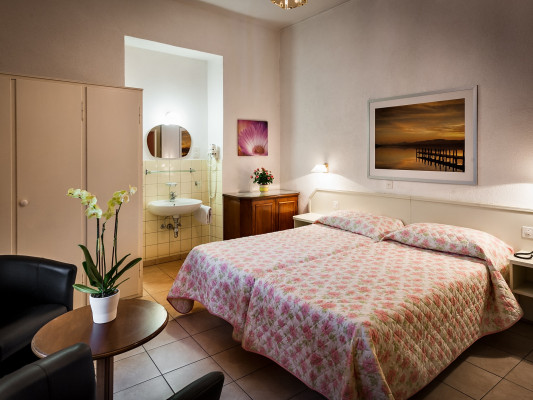 EasyRooms dell'Angelo Double Room - Shared Bathroom 3