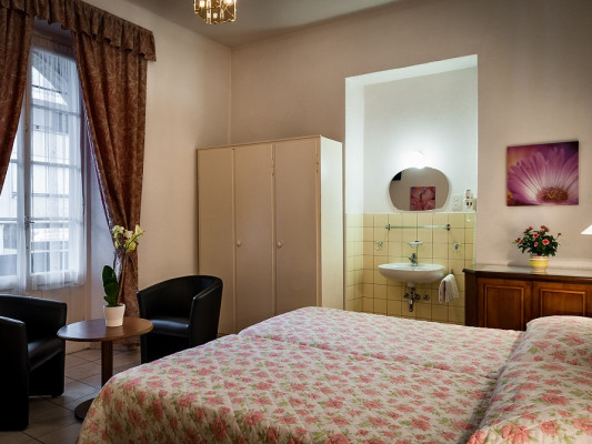 EasyRooms dell'Angelo Triple Room - Shared Bathroom 3
