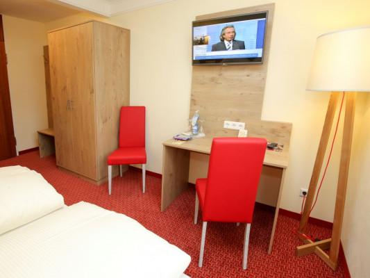 Hotel Hirsch Double room comfort 0