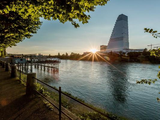 DASBREITEHOTEL am Rhein 1