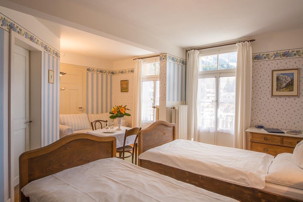 Hotel Falken 12