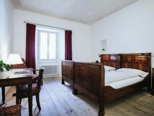 Swiss Historic Hotel Albrici Double room Comfort 2