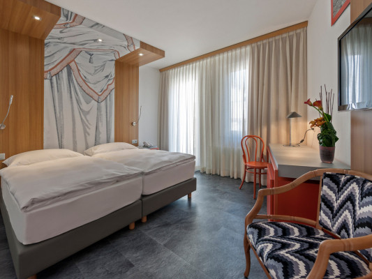 Albergo Carcani Double room on the south side with lake view without balcony 0