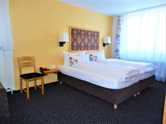 Hotel Bündnerhof Double room standard 4