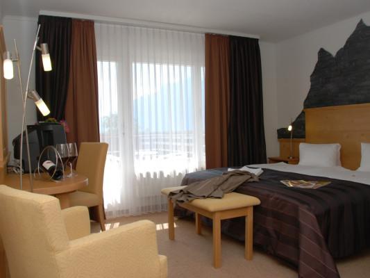 Hotel Brienz DZ Comfort Seeseite 0