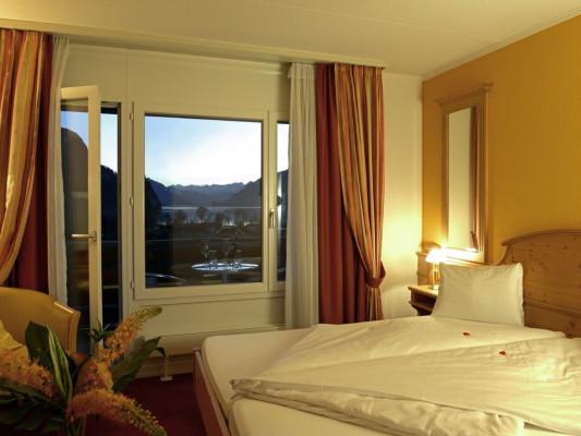 Hotel Brienz DZ Comfort Seeseite 1