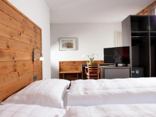 Hotel Weisses Kreuz Double room standard 4