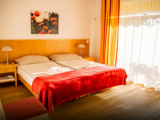 Parkhotel Emmaus - Casa del Sole*** Double room with view on the Park 1
