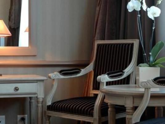 Hôtel Royal Standard Room 3