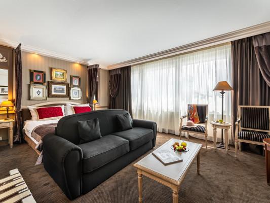 Hôtel Royal Executive Triple Room 0
