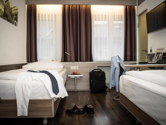 Hotel Alexander Twin room 0
